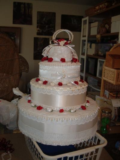 how to make a wedding cake out of cupcakes fall wedding towel cake towels wedding cakes 15896